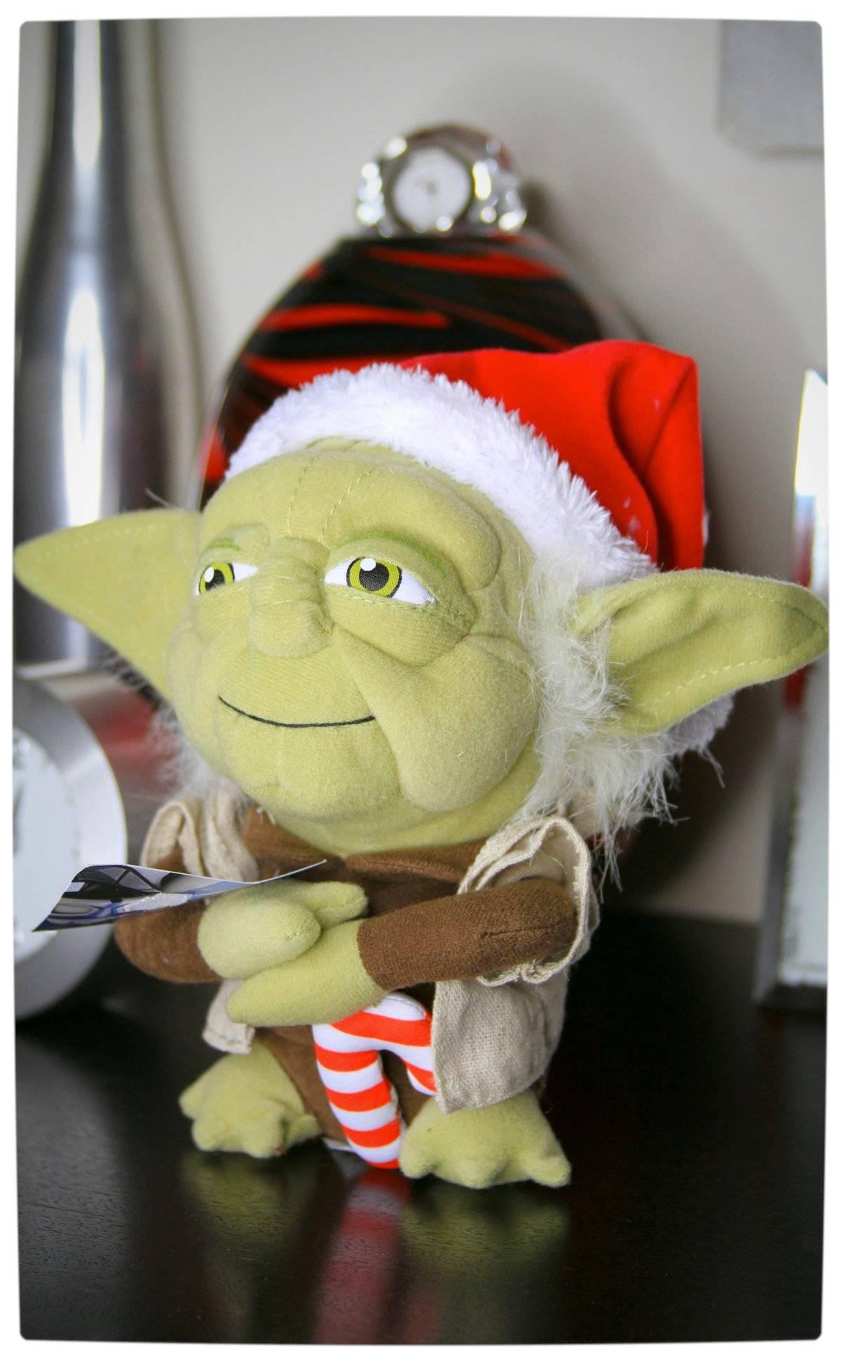 Vamers - Win With Vamers - Christmas Plushies - Star Wars Christmas Yoda Plush