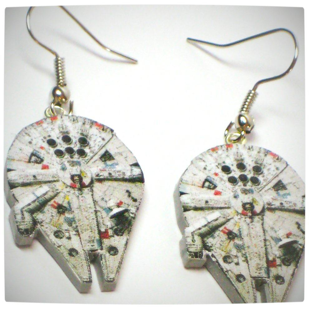 Vamers - Geekosphere - SUATMM - OhMyGeekness by Jess Firsoff - Star Wars Millenium Falcon Earrings