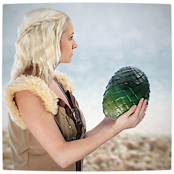 Vamers - SUATMM - Own Your Very Own Game of Thrones Dragon Egg - Khaleesi Approves