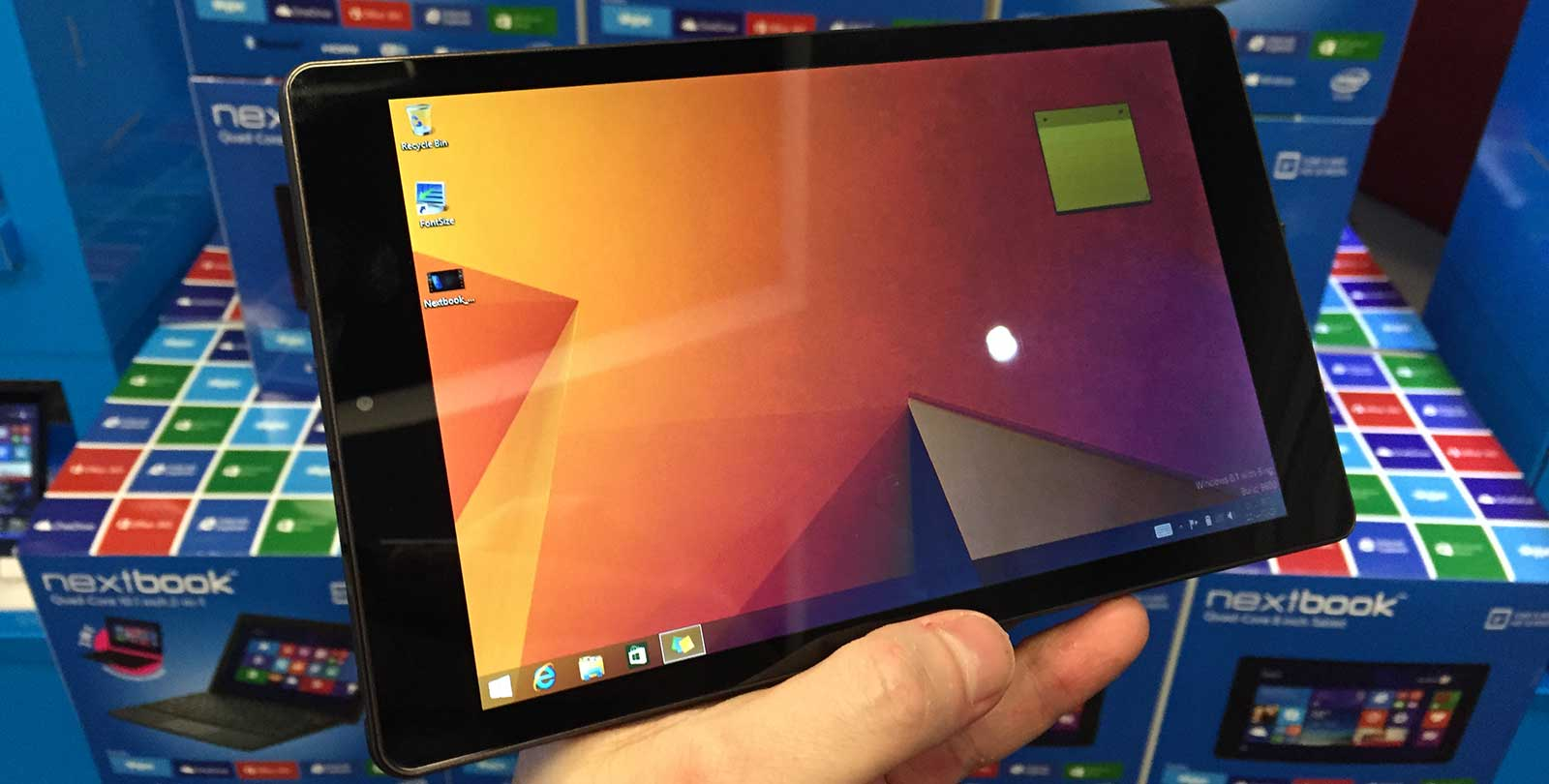 Vamers - FYI - The Windows Nextbook Offers a lot of Bang for Your Buck - 8-inch Nextbook with Windows 8.1