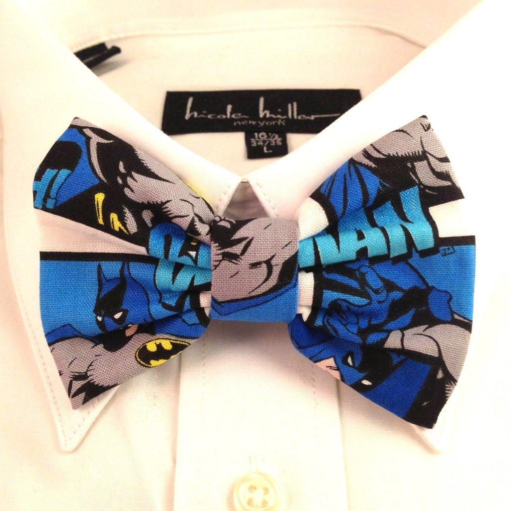Vamers - Geekmas Gift Guide - DC Comic Batman Print Bowtie