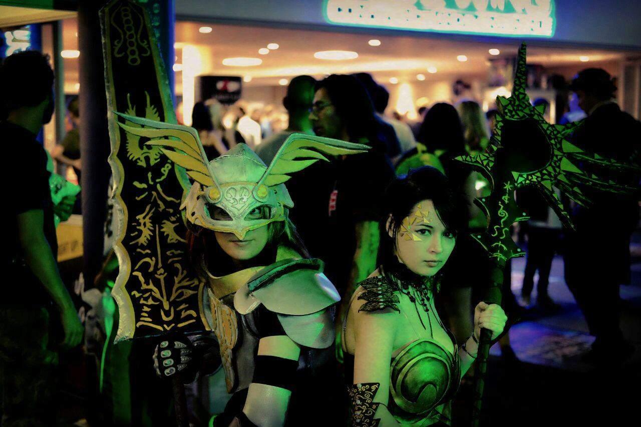 vamers-fyi-vamers-cosplay-chronicles-yuko-and-kayce-01