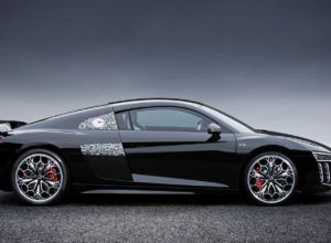 vamers-fyi-lifestyle-audi-japan-made-an-exclusive-ffxv-themed-r8-02